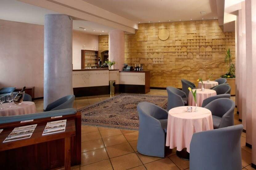 Hotel Diana-3